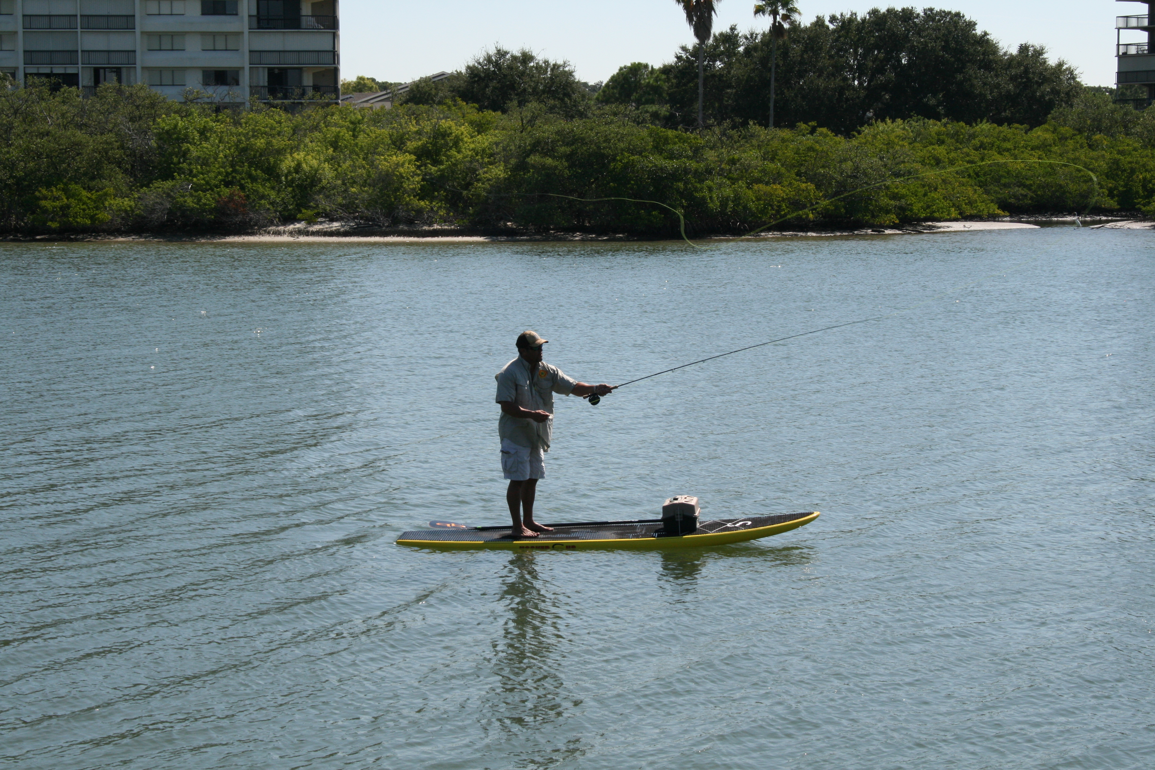 Fly fishing from a sup standup paddleboard alex aguera for Fly fishing paddle board
